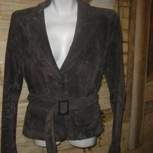 Продам куртку 44р замшевую