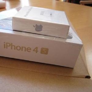 Apple iPhone 4S 64Gb/Samsung GT-I9300 Galaxy S3