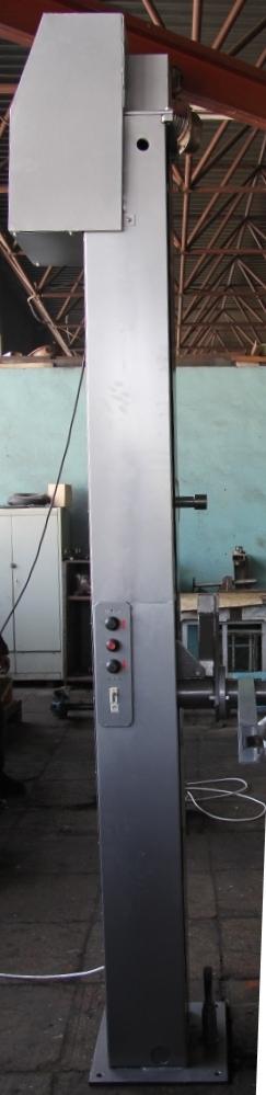 Подъемник загрузчик,  опракидыватель тележек 200